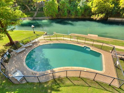 Photo for Jewel on the Comal River! Walking Distance to Schlitterbahn and Downtown!