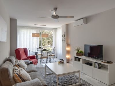 Photo for Fantastic apartment with Wi-Fi alongside of Puerto Banús