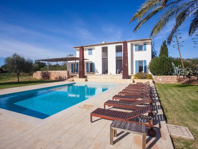 Photo for 5BR Villa Vacation Rental in Cala Llombards, Baleares