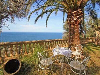 Photo for Beautiful Holiday Apartment with Sea Views, Garden and Patio; Parking Available