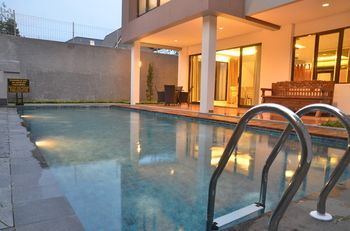 Photo for Cemara Villa Dago Private Pool
