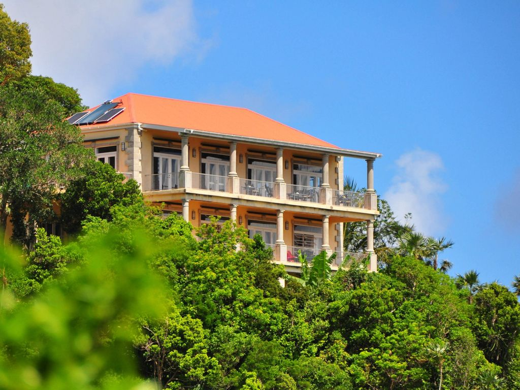 Drake\'s View Luxury Villa with Stupendous Views Great Rates!, Coral ...