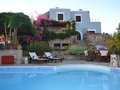 Photo for Villa Santa Mavra is a traditional villa 450 m2 in Glynado Naxou.