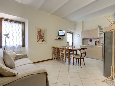 Photo for Cozy and comfortable apartment in the historic center of Florence