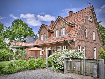 Photo for stylish 8 P. Cottage in a quiet location with garden for families and friends
