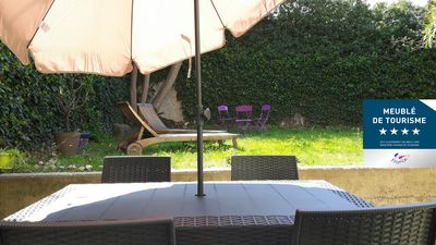 Photo for Luberon - Apt - Apart. T2 with garden - Parking secured