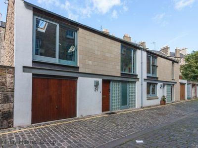 Photo for Mews House in Edinburgh  Sleeps 9 in 3 Bedrooms with Garage, Free Wifi. Patio.