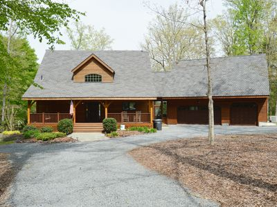 Photo for Hideaway Cove - Waterfront log home on the public side of Lake Anna with room for all