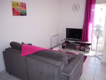 Furnished T2 of 48 m ² Perpignan South, close CANET, direct sight on Mt CANIGOU