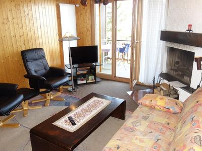 Photo for 2*, 1-bedroom-apartment, for 4-6 people located acroos the (ski)lift departure near the center. Brig