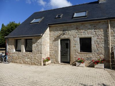 Photo for Breton house quiet and close to the sea
