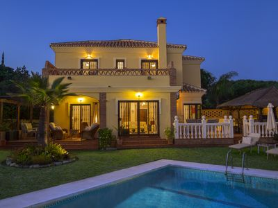 Photo for 4 Bed/4 Ensuite + 1 Bath Villa in Marbesa, Marbella, Nr Elviria/Cabopino/La Cala