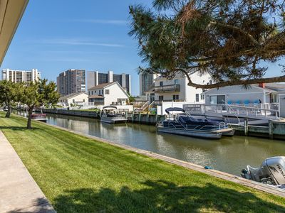 Photo for Family-friendly bayside condo w/private patio, shared pool and picnic area!