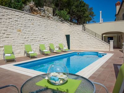 Photo for Modern Apartment With A Swimming Pool In Hvar Town Center