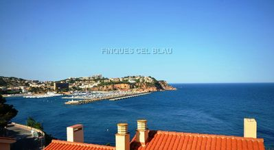 Photo for Ref. 2781 / HUTG - 28623. HOUSE WITH SPECTACULAR VIEWS OF THE BAY OF SANT FELIU.   G