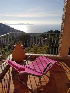 Photo for Sea view, 'Appartement-Villa' for 2/3 people, CALM, garden, 2 terraces
