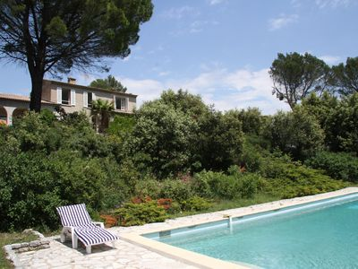 Photo for The house in the woods with swimming pool between Verdon and Mediterranean