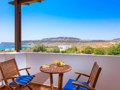 Photo for 3 bedroom Villa, sleeps 6 in Lindos with Pool, Air Con and WiFi