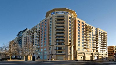 Photo for Spacious 3 bdrm condo at Wyndham National Harbor Resort