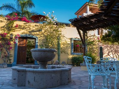 Photo for Casa Linda, Beautiful and Cozy 2 bedroom home