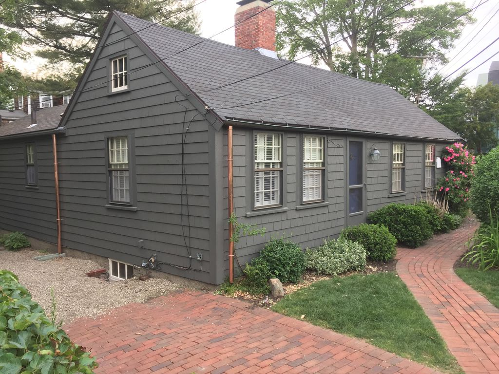 Gardner S Cottage Charming Antique Cottage In Old Town