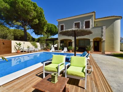 Photo for Villa in Conil, Andalusia, Spain  with private pool for 10 persons