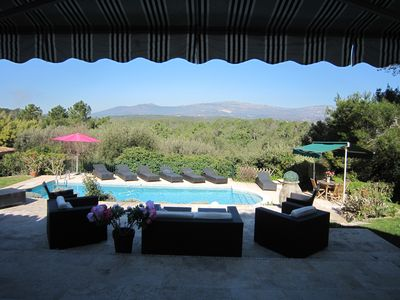 Photo for Wonderful 6 bed villa in Valbonne, great open views,