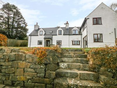 Photo for LLEFERIN, pet friendly, with open fire in Abersoch, Ref 978012