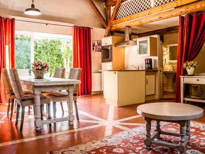 Photo for 2BR House Vacation Rental in Pernes-Les-Fontaines, Provence-Alpes-Côte-D'Azur