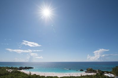 Stunning views of world renowned Horseshoe Bay Beach are yours to enjoy.