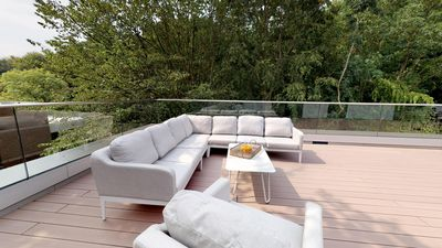 Photo for 175 sqm of pure luxury with huge roof terrace in beach location