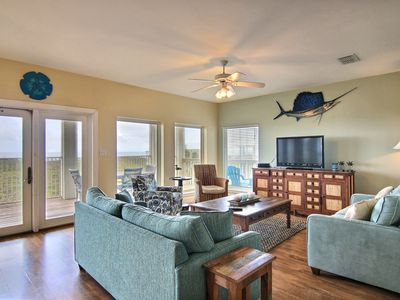 Photo for Ocean Oasis: AMAZING Ocean Views, Shared Pool, Ocean Breeze