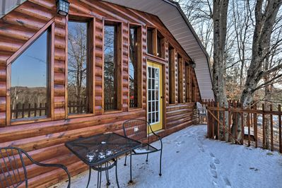 Escape to this peaceful Beattyville vacation rental cabin!