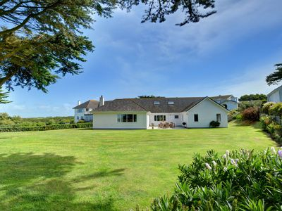Photo for Luxury holiday home with four en-suite bathrooms, a garage and private parking