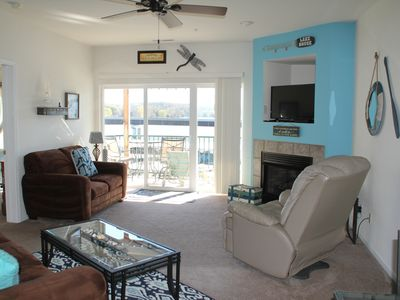 Photo for Recently updated! Adorable 2 BR/2BA Condo on Lake. Memories In The Making!