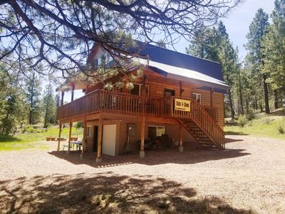 Photo for 3 BDRM cozy cabin - centrally located to Bryce & Zion. Near Duck Creek