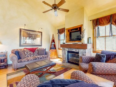Photo for NEW LISTING! Fantastic lodge mere minutes from the mountain, restaurants & more!