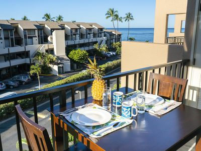 Photo for STEPS to BEACH! Ocean and Mountain View from Lanai