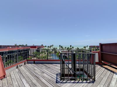 Photo for Pointe Santo C42: Penthouse Paradise with Rooftop Deck & Gulf Views to Match!