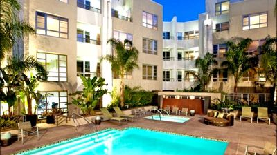 Photo for 203 · VIP Hollywood 5 Beds Studio + pool, free parking