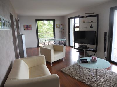 Photo for Apartment located in a pastoral setting with wonderful views of Lake Geneva