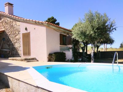 Photo for This 3-bedroom villa for up to 6 guests is located in Guarda and has a private swimming pool and Wi-
