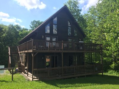 Photo for Sleeps up to 20. Affordable Cabin near New River Gorge Rafting &Climbing