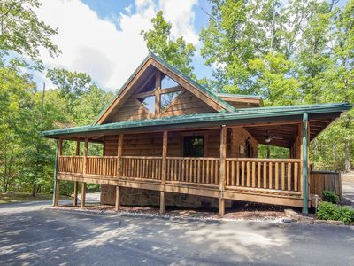 Photo for Ky's Hideaway - Spacious 1 Bedroom with Game Room in Smoky Cove