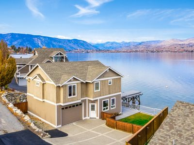 Photo for Private dock,Boat Lift, 2 bouys, Garage, 5miles from Downtown Chelan!