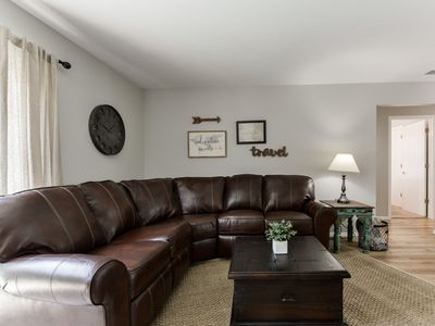 Photo for Adorable 3 Bedroom condo 2 miles from The Strip/5 miles from Silver Dollar City