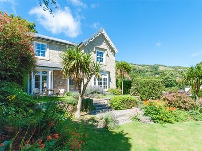 Photo for 5 bedroom Cottage in Bonchurch - IC076