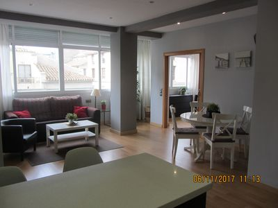 Photo for Modern and spacious apartment, central with wifi, ideal for families
