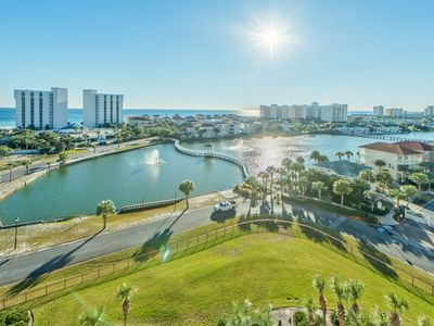 Photo for Pelican Beach Terrace 805-2BR☀OPEN Apr 21 to 23 $556☀LakeView-Pools-NEW FLOORING
