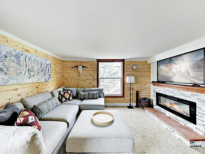 Living Room - Welcome to Park City! This condo is professionally managed by TurnKey Vacation Rentals.